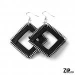 Rockowy komplet biało-czarnej biżuterii