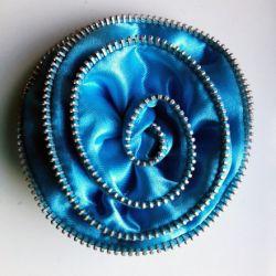 Broszka Niebieska z Suwakiem