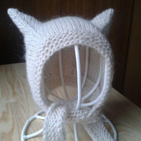 Beżowa  czapeczka kotek