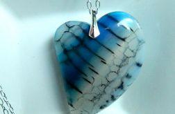 Wisior z agatem, niebiesko-białe serce,srebro