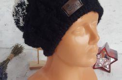Elegancka damska czapka