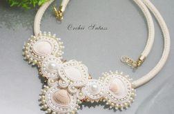 NASZYJNIK ecru -perły hodowlane