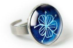 Blues pierścionek z ilustracją