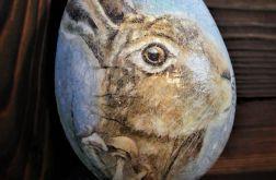 Jajko, pisanka wielkanocna z zającem