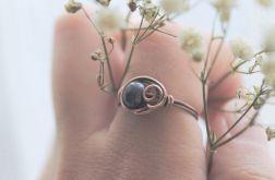 Pearl - pierścionek z perłą