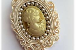 kamea z naturalną perłą-broszka vintage