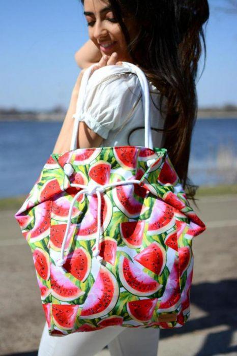 duża torba damska w arbuzy