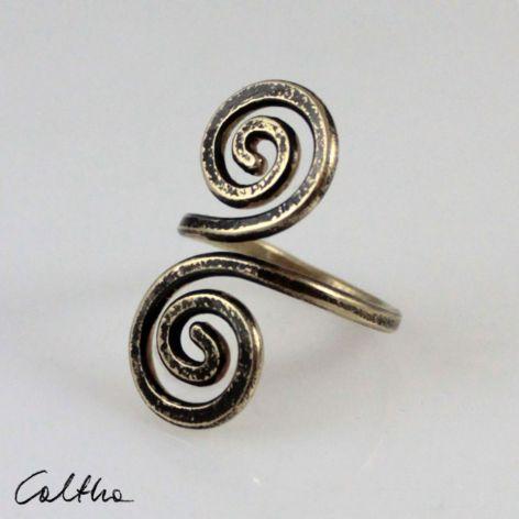 Zawijas - mosiężny pierścionek 210305-01