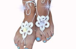 Ozdoba na stopy -biały z cekinami ;o)