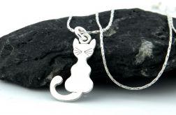 Srebrny naszyjnik z kotkiem