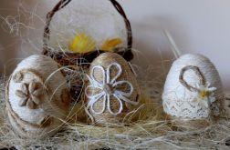 Sznurkowe jajka.