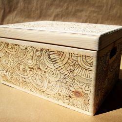 Duża skrzynka drewniana na skarby wszelkie