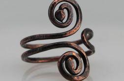 Zawijasy - miedziany pierścionek 190710-02