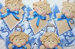 Niebieskie serducha - anioły z masy solnej z możliwością dedykacji
