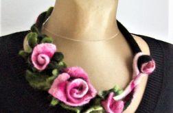 Naszyjnik z filcu - róże