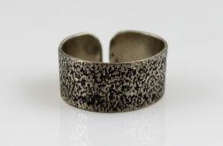 Srebrny pierścionek - piasek