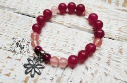 z różowych jadeitów z kwiatkiem