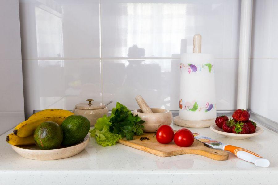 Stojak kuchenny na papier Crema Marfil -