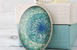 Turkusowa Mandala - szklany medalion etno
