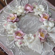Ślubny wieniec różany