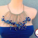 Naszyjnik z lnu filcu z koralikami niebieski