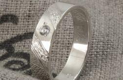 Pierścionek obrączka srebro 925 cyrkonia