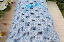 Ciepły kocyk niebiesko kremowy