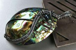 Srebrny duży wisiorek z muszlą Paua i perłą