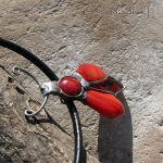 Kuzynka czerwonego żuczka - wisior z żukiem