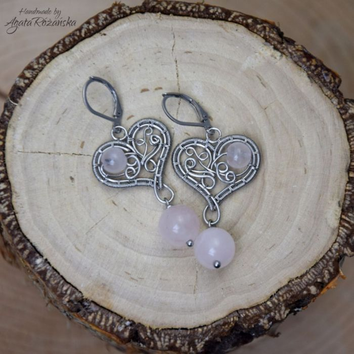 Kolczyki serca z kwarcem różowym stal