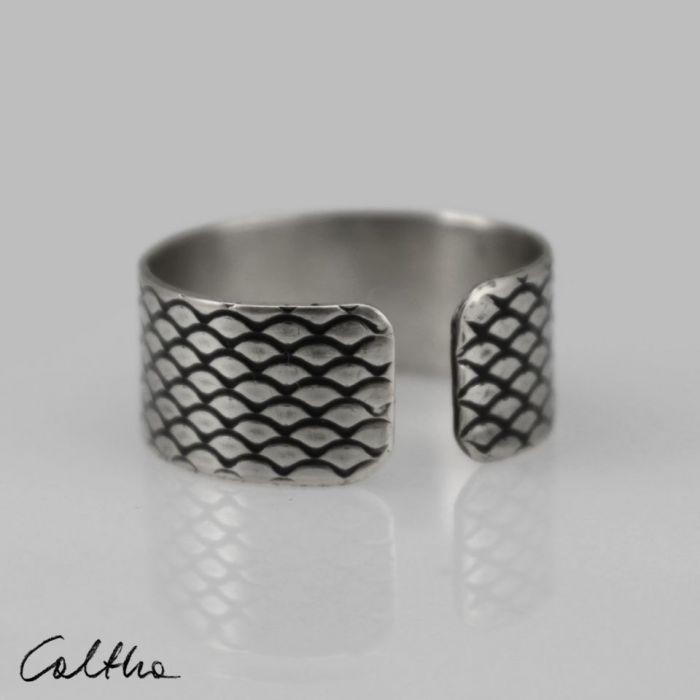 Rybia łuska - srebrna obrączka 130620-11 - Regulowany pierścionek