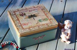 Ozdobne pudełko na biżuterię lub pamiątki