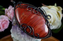 Miedziany wisior z jaspisem czerwonym