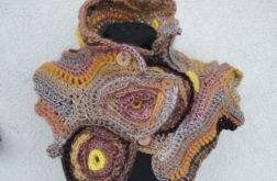 Szalik freeform crochet słoneczny
