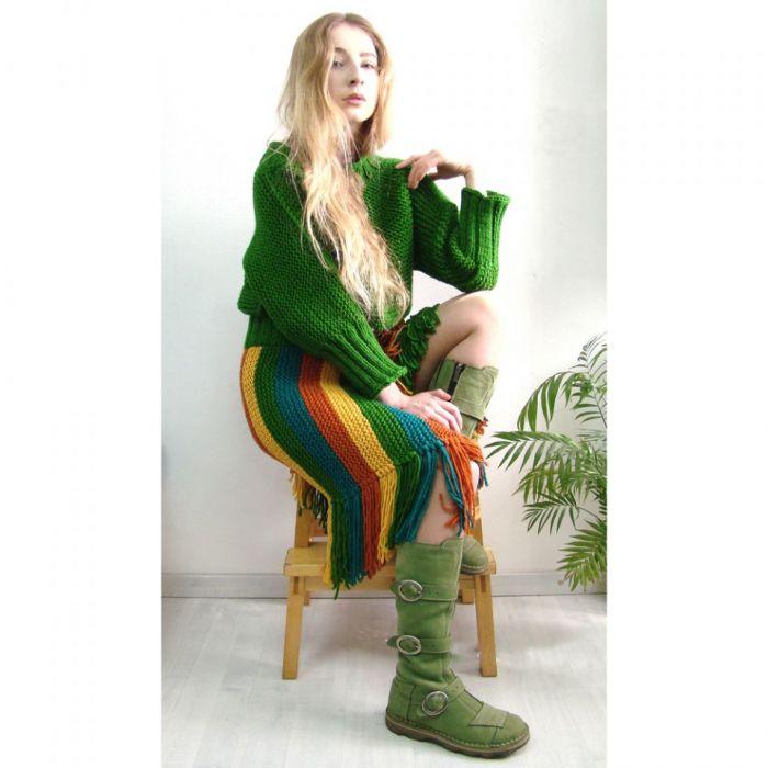 kolorowa spódnica z frędzlami