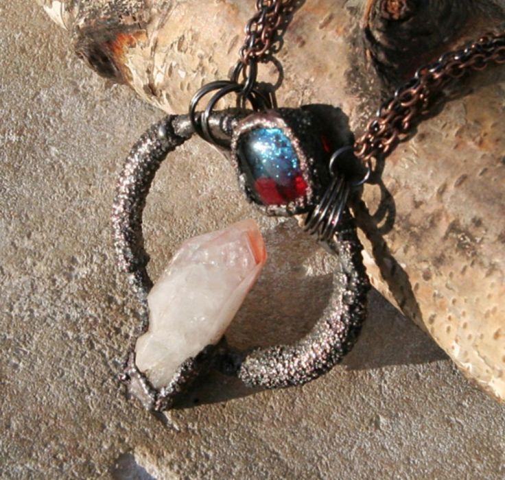 Kryształ w gotowości - wisior z kryształem górskim
