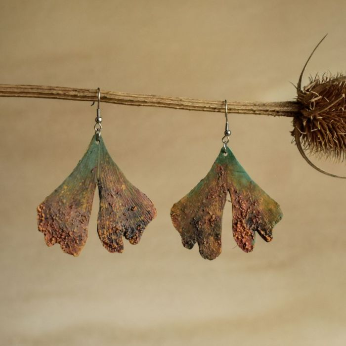 Liście miłorzębu - kolczyki z efektem rdzy