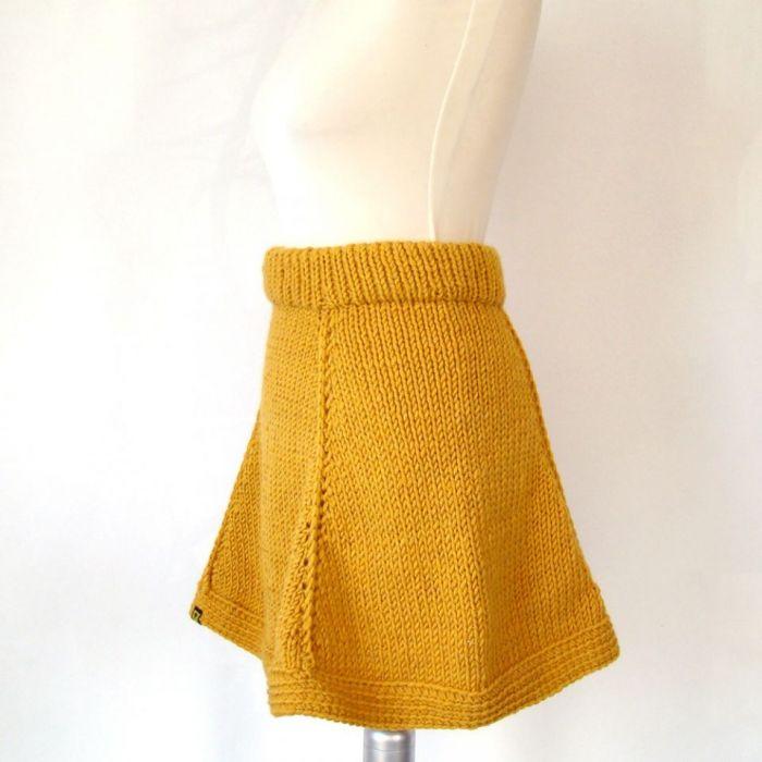 rozkloszowana spódnica z klinów - różne kolory