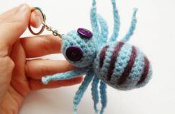 Brelok szydełkowy pająk 003