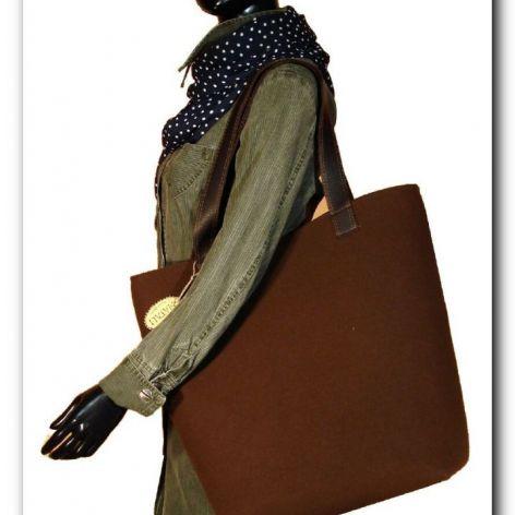 Bardzo duża brązowa, XXL minimalistyczna torebka