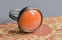 Pomarańczowe kółko - pierścionek ze szkłem