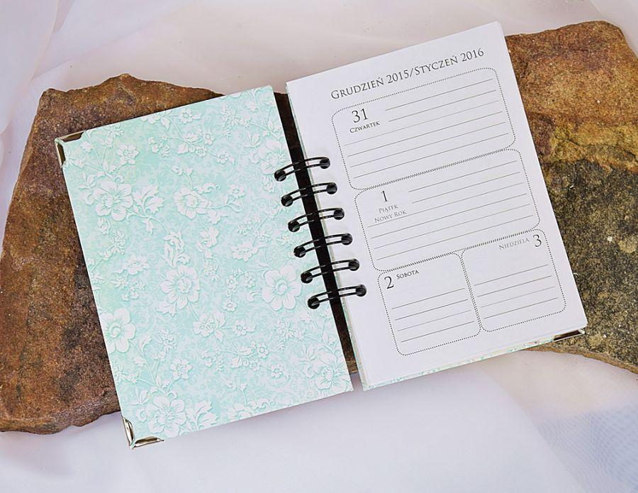 Pastelowy kalendarz -