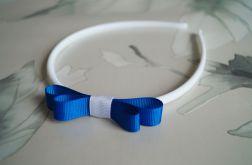 Biało-niebieska kokardka do włosów. Justynka.