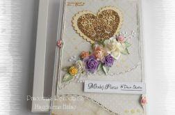 Kartka ślubna z sercem w pudełku, fiolet