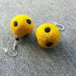 Kolczyki z filcu żółte w czarne kropki