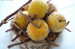 Żółte jabłka z plastrami pomarańczy II