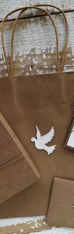 Ręcznie robiona kartka z pudełkiem na komunię z personalizacją