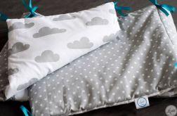 Ochraniacz do łóżeczka w szare chmurki