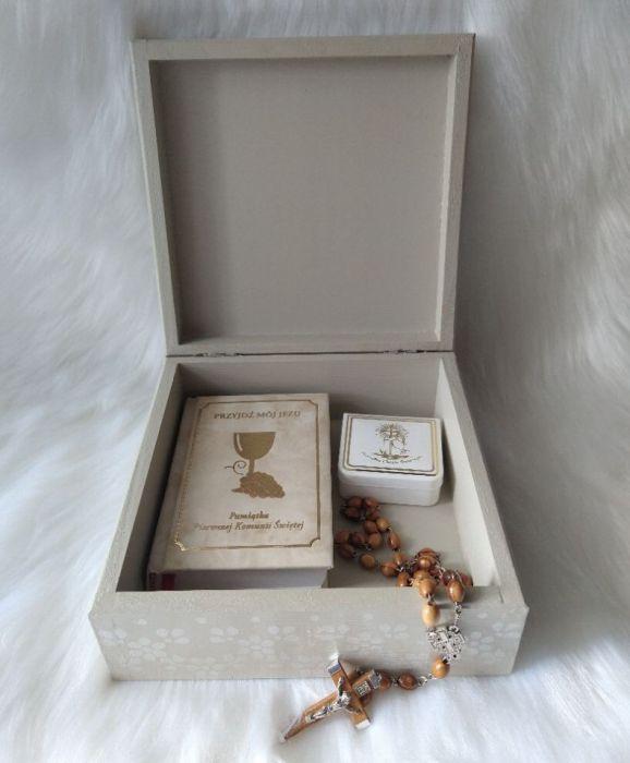 szkatułka-pamiątka I Komunii Św. z aniołkiem  - w użyciu