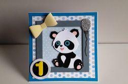 Kartka na Roczek miś panda nebieska kokardka